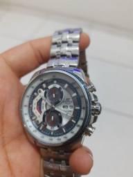 Vendo esse lindo relógio ORIGINAL! caixa de aço inoxidável todo funcional