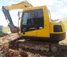 Escavadeira Hyundai R80 ano 2012 com 9.000 horas trabalhadas