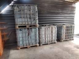 Reservatório capacidade 1000 litros