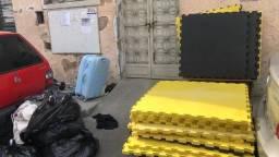 Tatame EVA 30mm 34 placas amarelo e preto
