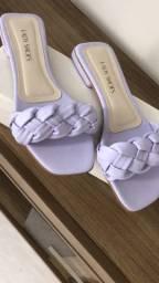 Três sandálias semi nova por 70 reais