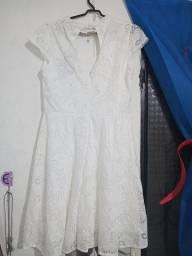 Título do anúncio: Vestido branco