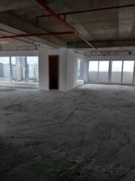 Sala comercial no belíssimo Tribuna Square, centro de Santos (SP)