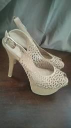 cb1db18ea4 Roupas e calçados Femininos em Curitiba e região