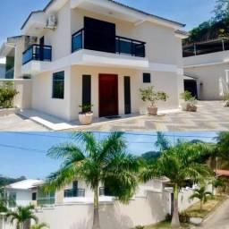 Itaipu, 3 quartos, 2 pavimentos, sendo 2 suítes + quarto padrão, espaço gourmet e quintal
