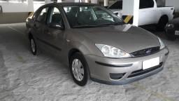 Focus Sedan 1.6 R$900,00 de entrada mais 48X 770,00 - 2009