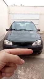 Vendo Fiesta GL - 2001