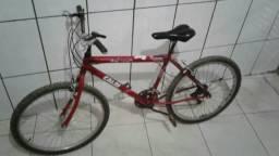 Vende-se bicicleta vermelha só pegar e usar