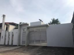 Vende-se uma casa no bairro do Muca. R$ 330 mil. Contatos via WhatsApp *