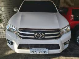 TOYOTA HILUX SR 4x4 2017 DIESEL COMPLETO - 2017