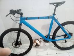 Bike aro 26 tamanho 21 freio hidraulico rodas shimano grupo de 8v documento ok