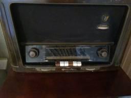 Rádio antigo grundig alemão funcionando