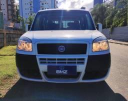 Fiat Doblô Atractive 1.4 2015 + 7 Lugares + Garantia