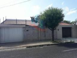 Casa com 5 dormitórios à venda, 473 m² por R$ 850.000,00 - Centro - Teresina/PI