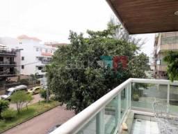Apartamento à venda com 3 dormitórios cod:RCAP30756
