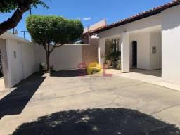 Casa à venda, 280 m² por R$ 748.000,00 - Fátima - Teresina/PI