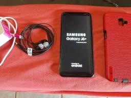 Estou vendendo esse celular j6 +mais de 32 GB e acessórios.