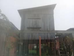 Casa próximo do centro, no amadeo barbosa