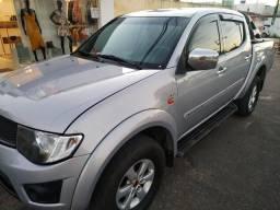 L 200 tritom 2011 completa com câmbio automático - 2011
