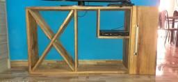 Vendo esse armário de madeira vernizado