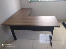 mesa em L 150x150 pé de ferro nova