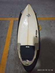 Título do anúncio: Prancha de Surfe seminova. Oportunidade