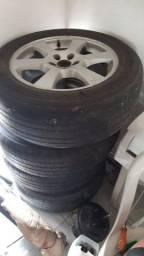 Jogo de roda 5 furos  2 pneu novo 1000 para conversar