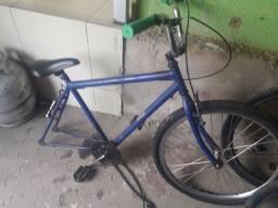 Bicieta otimo estado SO COLOCAR RODA, era bicicleta motorizada,faço a 100 se vier buscar