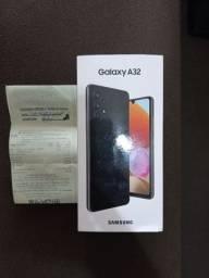 Samsung Galaxy A 32 preto.