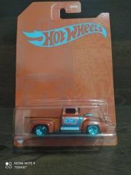 "Miniatura Hot Wheels ""Custom 56 Ford Truck"" (53 anos HW)"