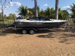 Barco Ventura 20 pés