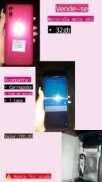Motorola Moto E61