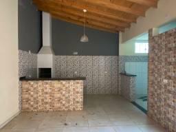 Vendo casa de dois pavimentos em Cianorte