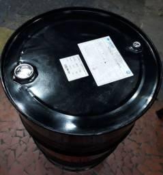 Vendo um tambor de ferro fechado