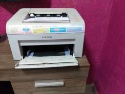 Impressora Samsung ml 1610 bem conservada R$ 350,00