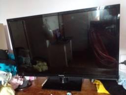 TV PANASONIC COM DEFEITO!! 200$