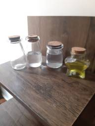 Frascos de vidro R$30,00
