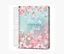 Biblia Sagrada Feminina Floral