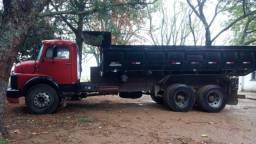 Caminhão Mercedes 1316