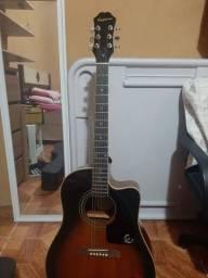 Vendo um violão epiphone top da série aj-220sce