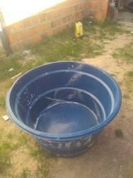 Título do anúncio: Vendo caixa d'água reservatório 250 L