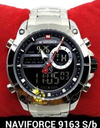 Título do anúncio: Relógio Militar aço NAVIFORCE 9163 Prata Dual time Resistente á Água 3ATM ENTREGA GRÁTIS*