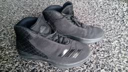 Tênis Adidas Lifestyle (nº 40) Non-marking / Cano Alto Preto