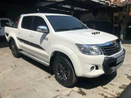 Hilux srv limited 4x4 automático - 2015