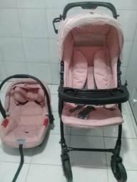 Conjuto carrinho e bebê conforto borigotto