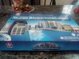 Vendo  banco imobiliário novo tem máquina de cartão