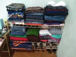 Tenho um lote de roupas usadas