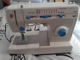 Máquina de costura facilita