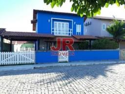 Casa em condom. 3qts, piscina, churrasq., vista p/ Lagoa. São Pedro/RJ