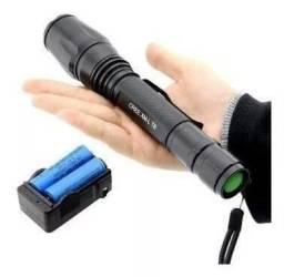 Lanterna Tática Profissional Led 990000w 2 Baterias Forte